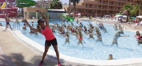 ENTERTAINMENT ATH Las Salinas Park Hotel