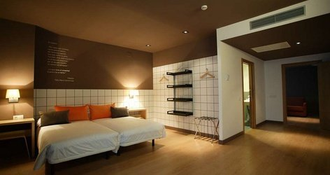 DOUBLE ROOMS ELE Hotelandgo Arasur