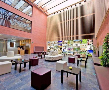 Hall & reception ele enara boutique hotel valladolid