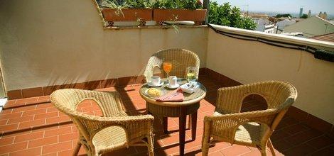 Continental breakfast ele santa bárbara sevilla hotel seville
