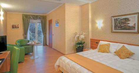 Deluxe rooms ele green park hotel pamphili rome, italy