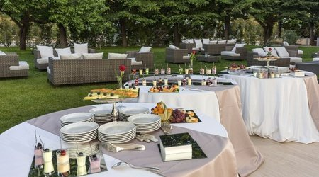 Oasis restaurant ele green park hotel pamphili rome, italy
