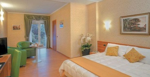 Superior rooms ele green park hotel pamphili rome, italy