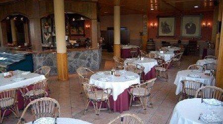 Restaurant grill Puerta de Monfragüe Hotel ELE