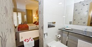 Superior double room ele enara boutique hotel valladolid