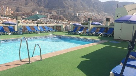 Swimming pool ele andarax hotel aguadulce