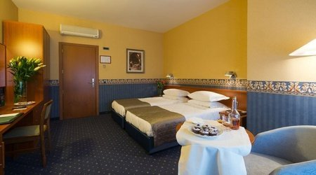 Stardard Room ELE Green Park Hotel Pamphili