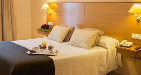 DOUBLE SUPERIOR ROOM ATH Al-Medina Wellness Hotel