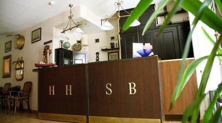 Reception ele santa bárbara sevilla hotel seville