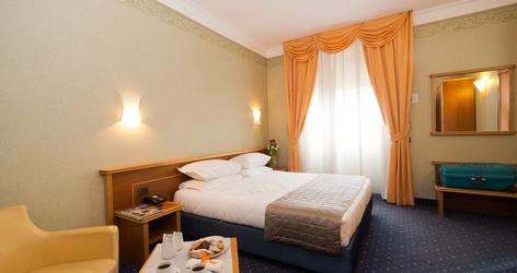 Standard rooms ele green park hotel pamphili rome, italy